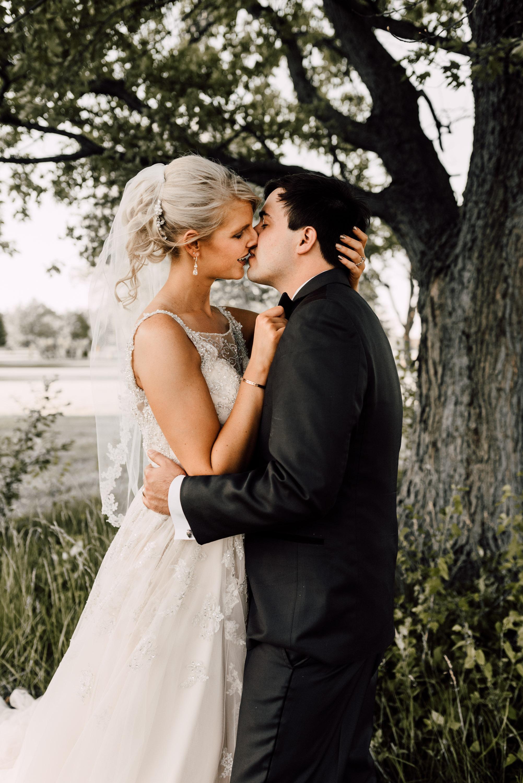 bridal portraits, summer wedding portraits