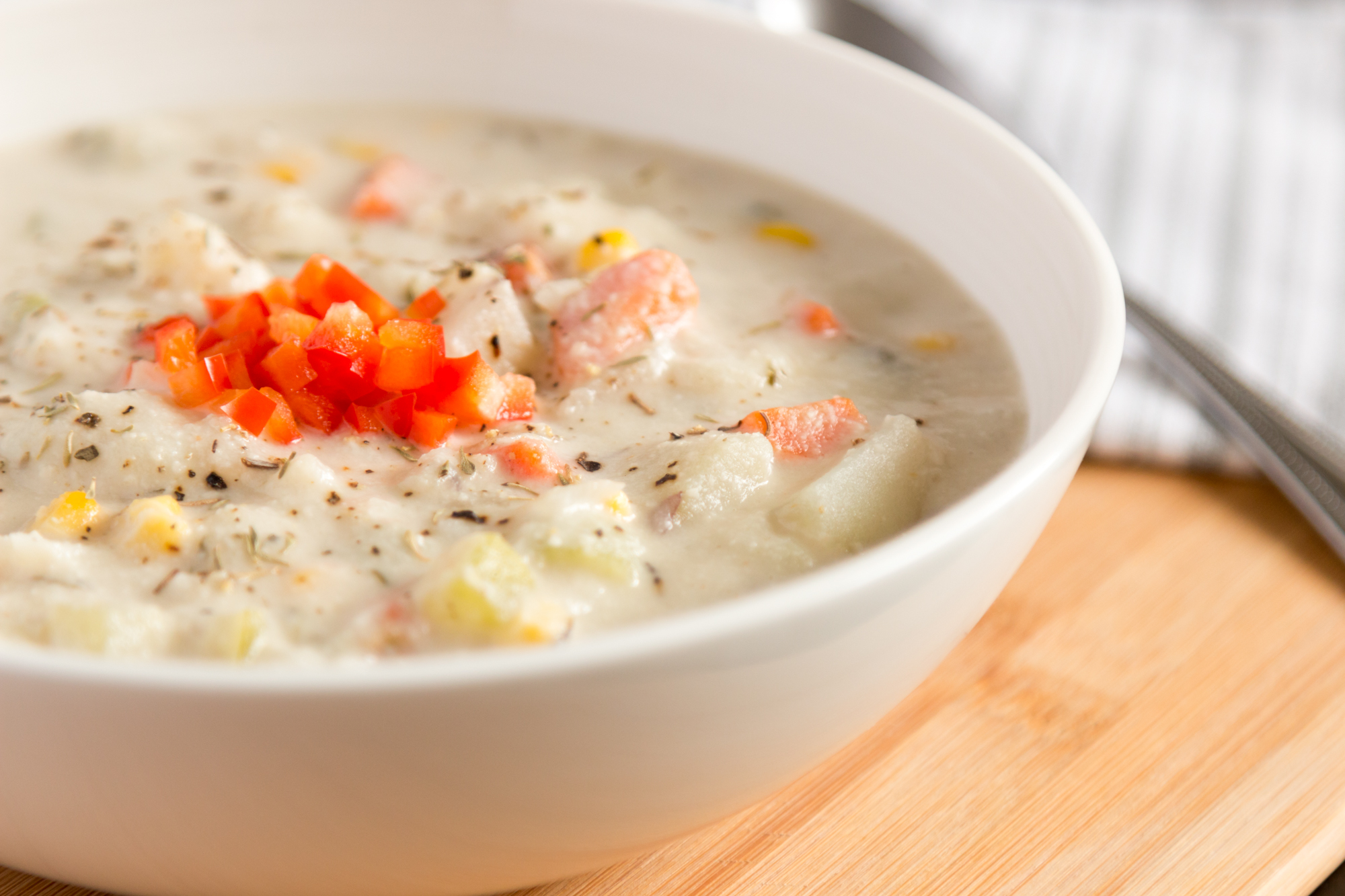 Creamy Vegan Cauliflower Chowder ( get the recipe here )