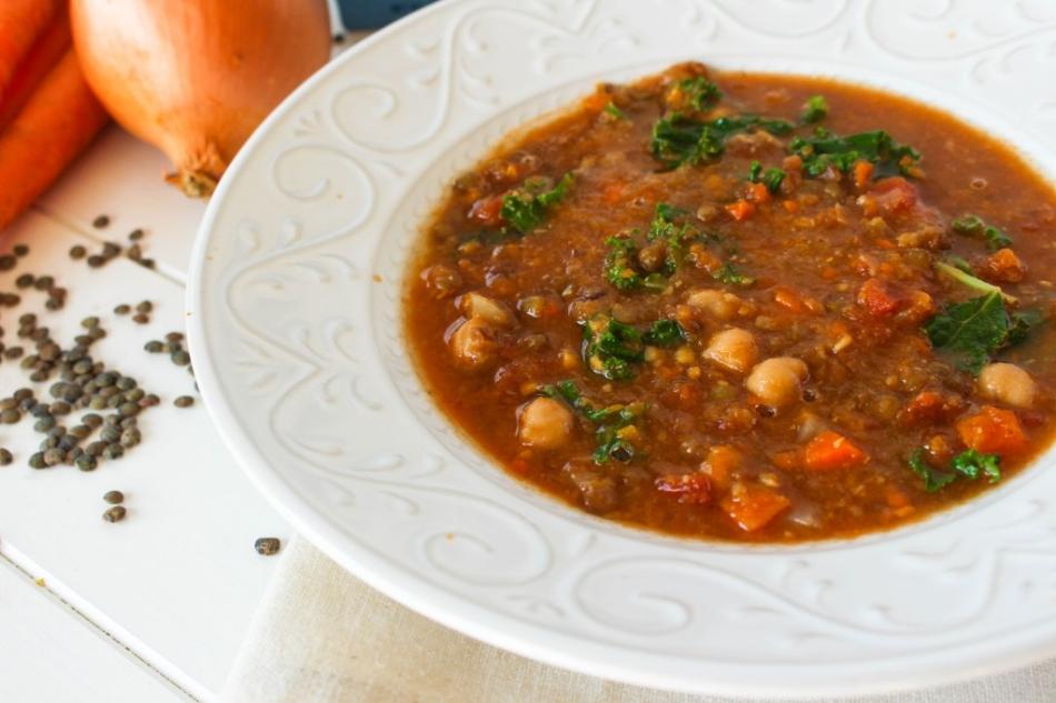 vegetable lentil soup.jpg