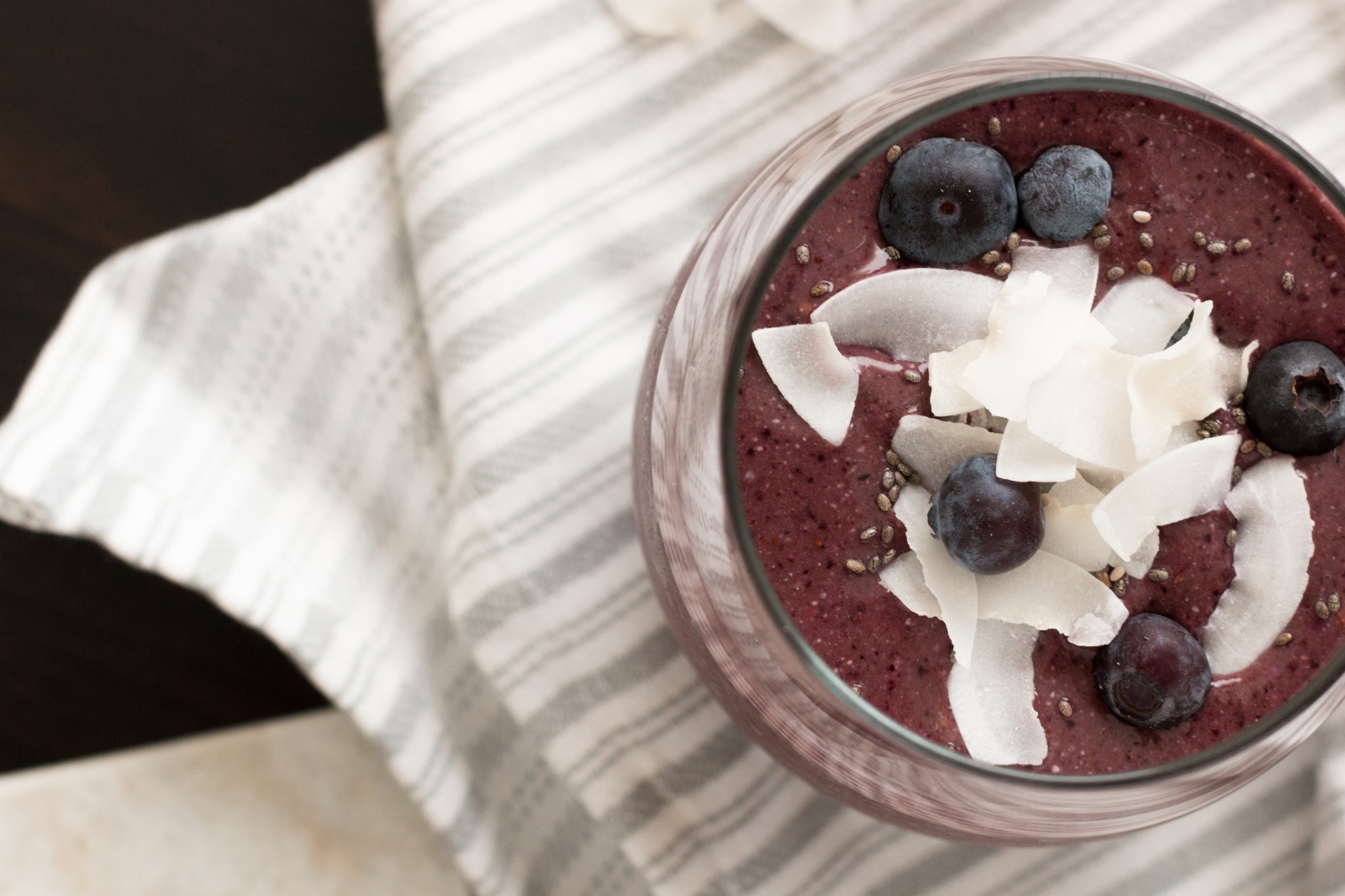 Blueberry Smoothie-9.jpg
