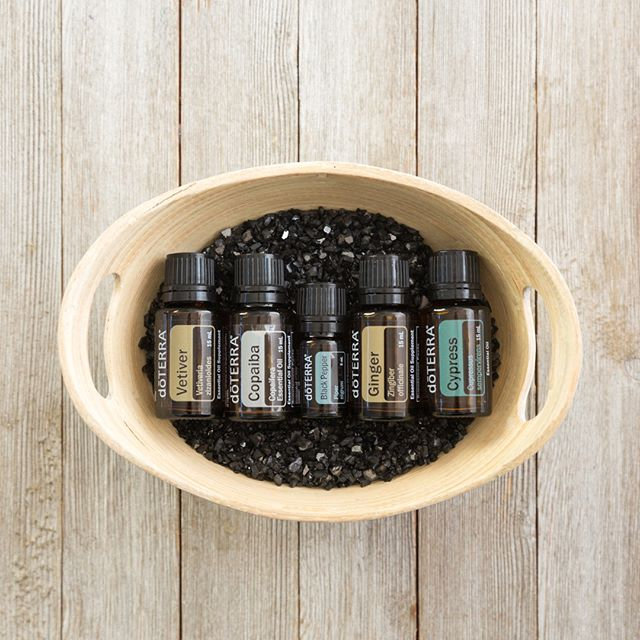 Do the #men in your lives have a #favorite #essentialoil? With earthy, natural, and spicy #scents, the essential oils #BlackPepper, #Cypress, #Ginger, #Copaiba, and #Vetiver are known for being some of the #favorites among men. #DoTERRA #aromatherapy