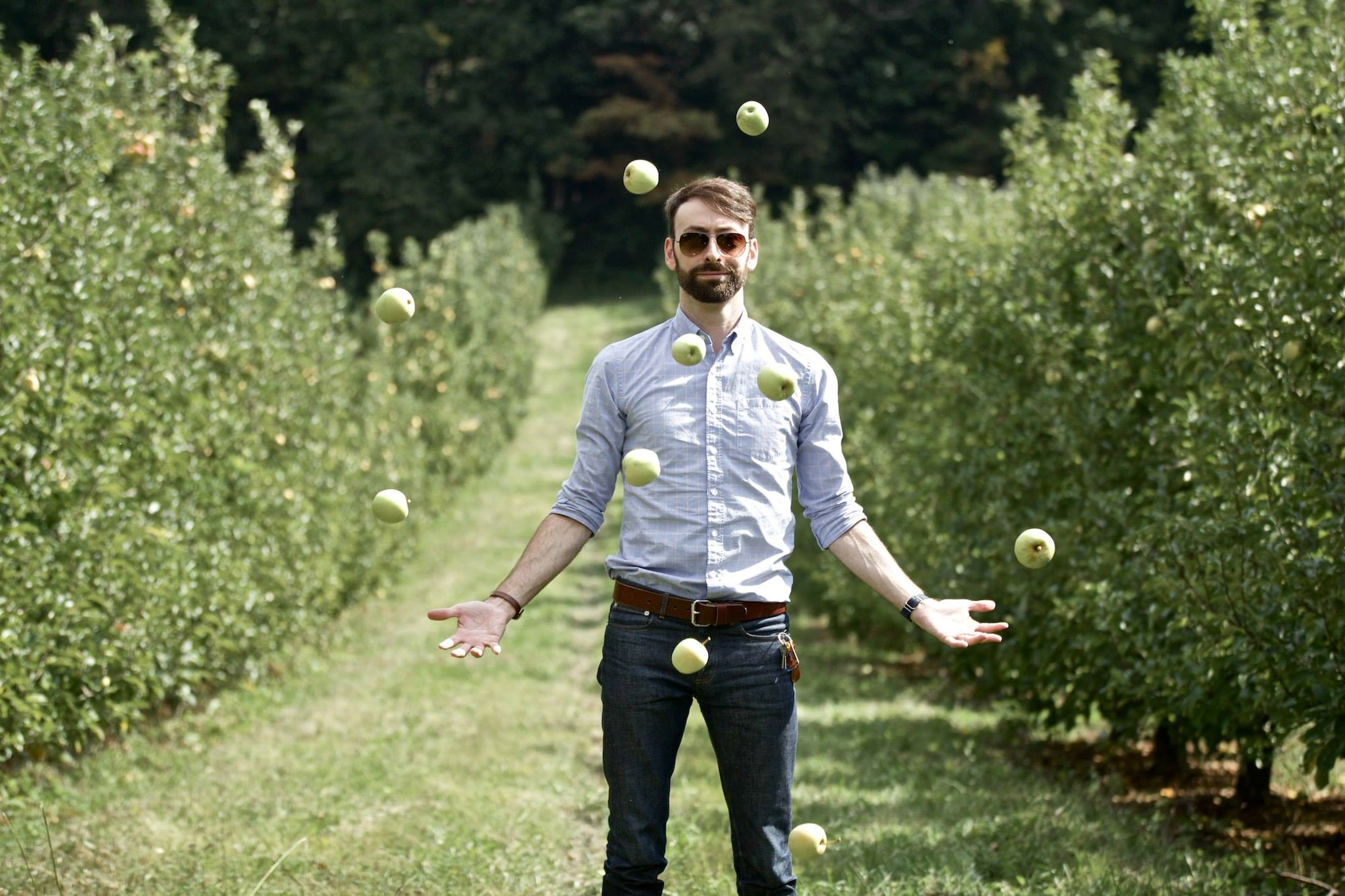 Alright, so I'm not really juggling. I actually just had 5 apples in each arm and awkwardly threw them in the air and then placed my hands out like that to look like I was using the force or something. So yeah, Dave has a really cool camera that could catch this. Neat.