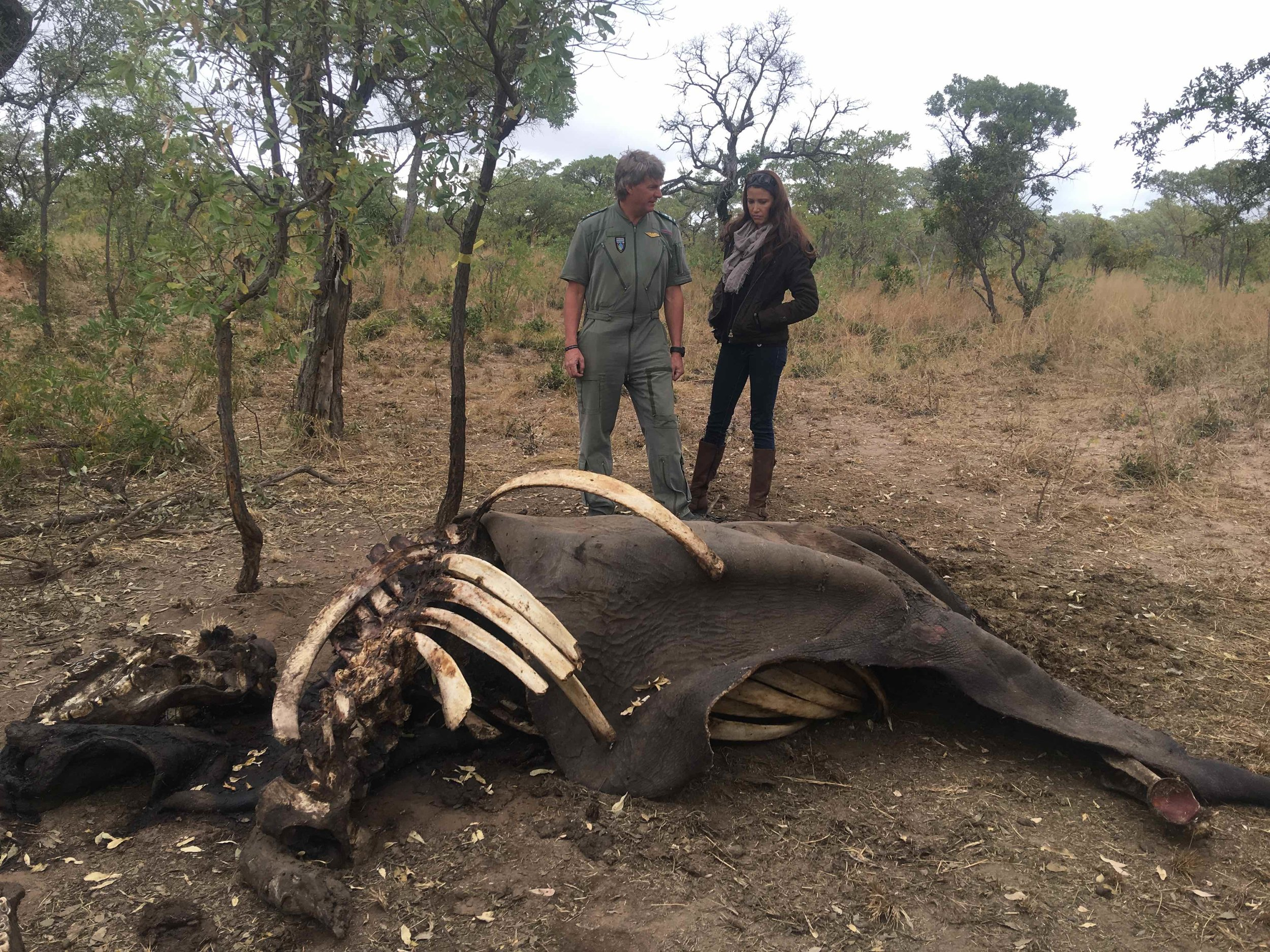 Tokkie Botes showing Shannon a poaching crime scene in South Africa. IMAGE: Shannon Elizabeth