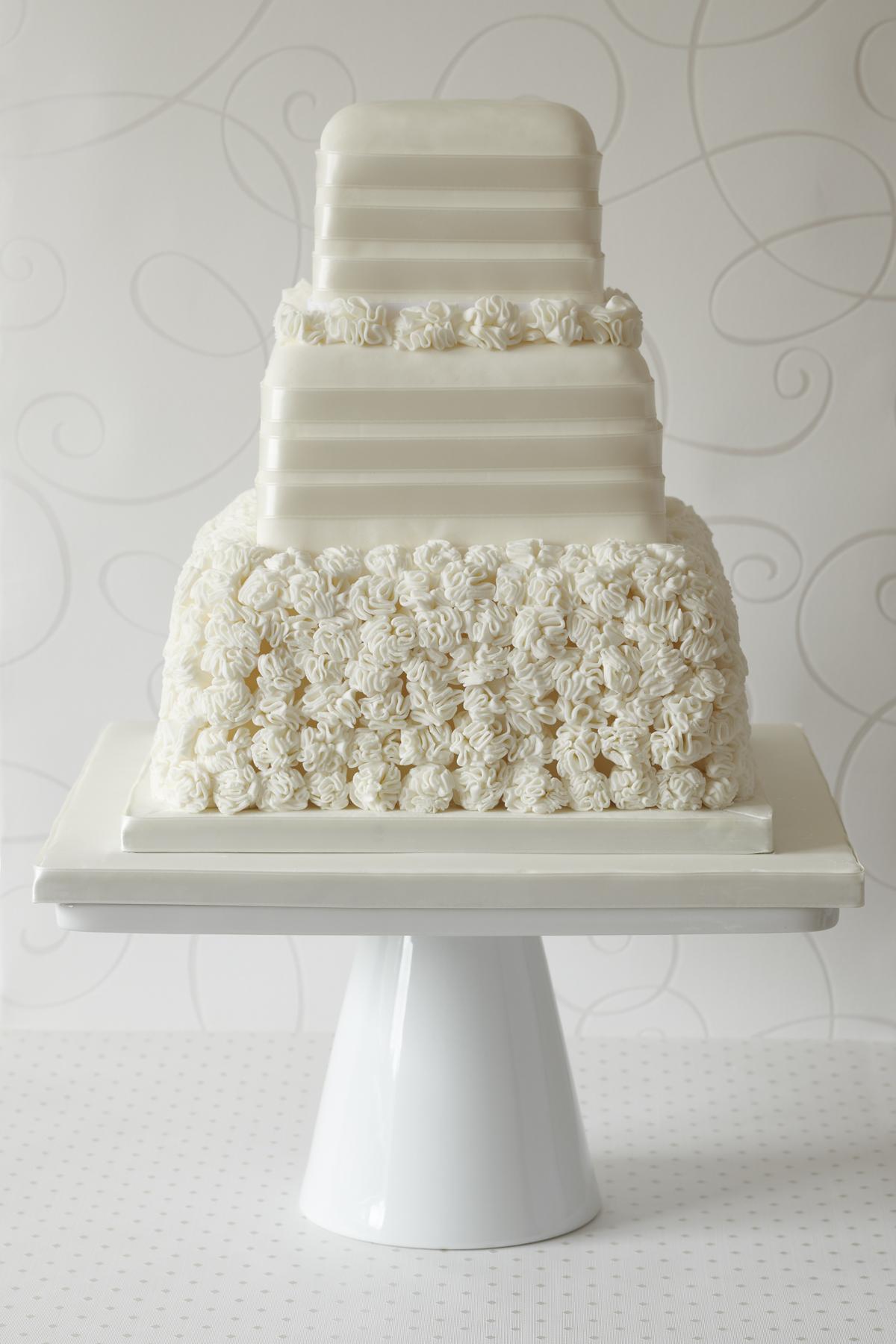 La Traviata wedding cake