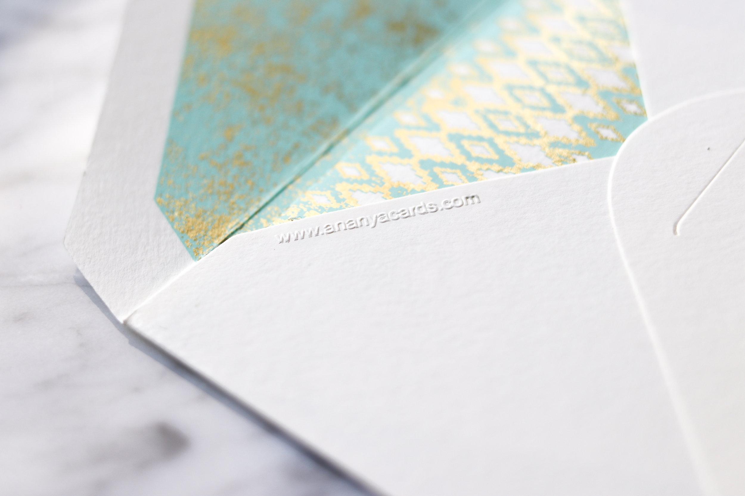 Embossed notecard envelope