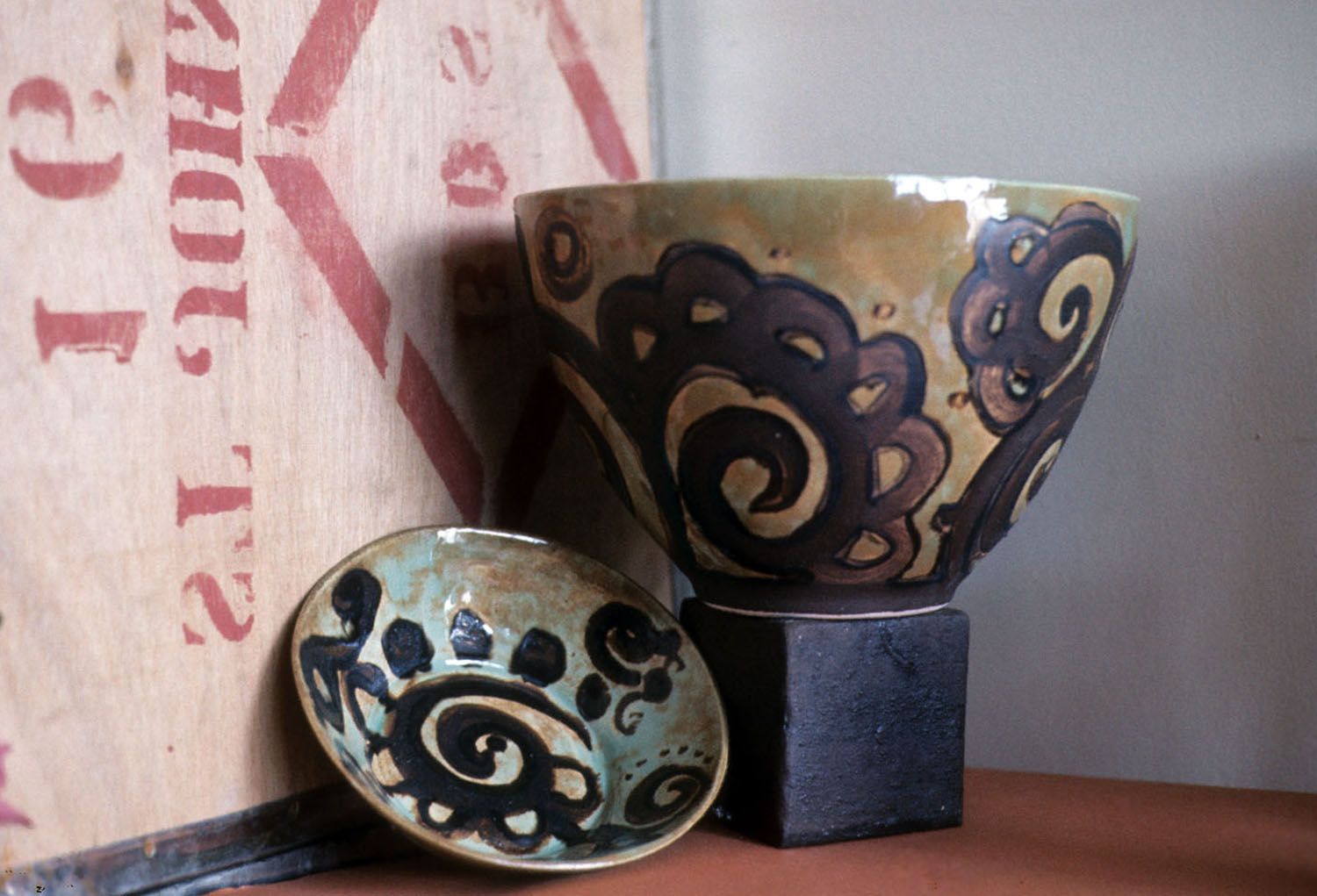 Decorated-bowls