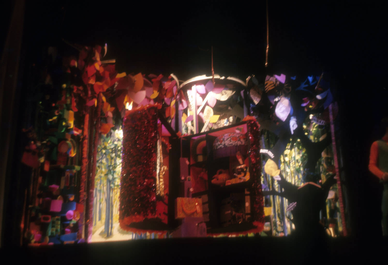 """Finale, the """"magic paper tree"""" moves to centre stage and opens."""