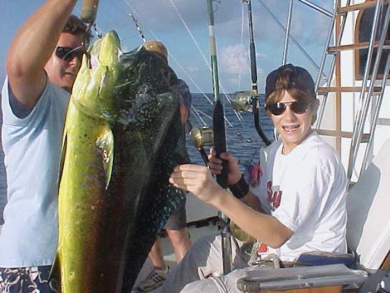Oahu fishing charter mahi catch