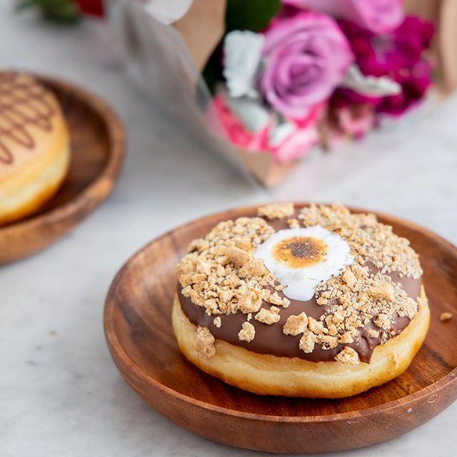 S'more holiday weekend please . . . . . 🍩 Campfire donut (Chocolate + graham + marshmallow) 📷 @taylorbescobyphoto #donuts #doughnuts #eatmoredonuts #idonutcare #instadaily #treatyoself #food #yum #instayum #laeats #dinela #yahoofood #birthday #weekendeats #la #donutsnob #love  #buzzfeast #beautiful #butfirstcoffee #nomnomnom #la #goals #instagood #photooftheday #foodstagram #tuesdayturnup