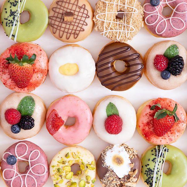 Life is about eating the whole box of donuts 🍩 Mini Snob signature variety box 📷 @taylorbescobyphoto : : : : #donuts #doughnuts #eatmoredonuts #idonutcare #instadaily #treatyoself #thegoodlife #yum #instayum #laeats #dinela #yahoofood #whynot #mondays #donutdiet #fancydonuts #la #donutsnob #donutscookisandcream #weddings #weddinginspo #eatdessertfirst #powerbreakfast #beautiful  #butfirstcoffee #coffeeanddonuts #tooprettytoeat #donutfriday #caseofthemondays