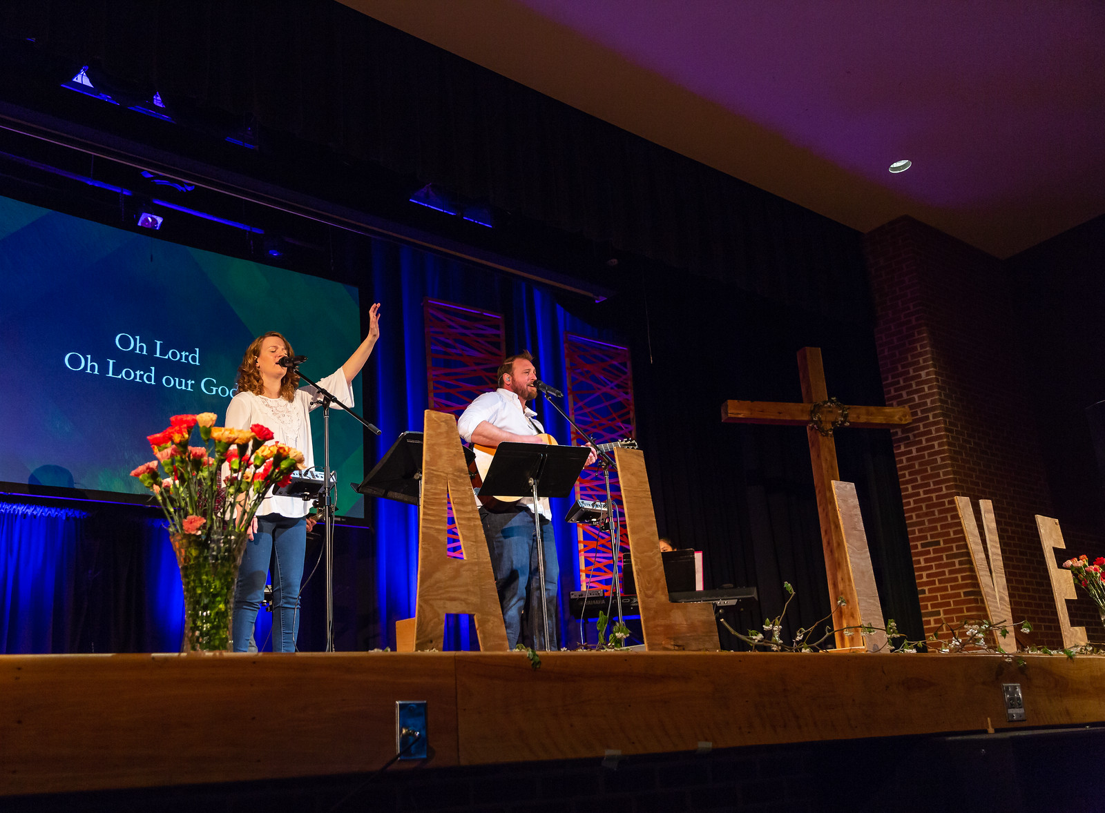 4-1 Easter Service & Photo Booth-201-X3.jpg