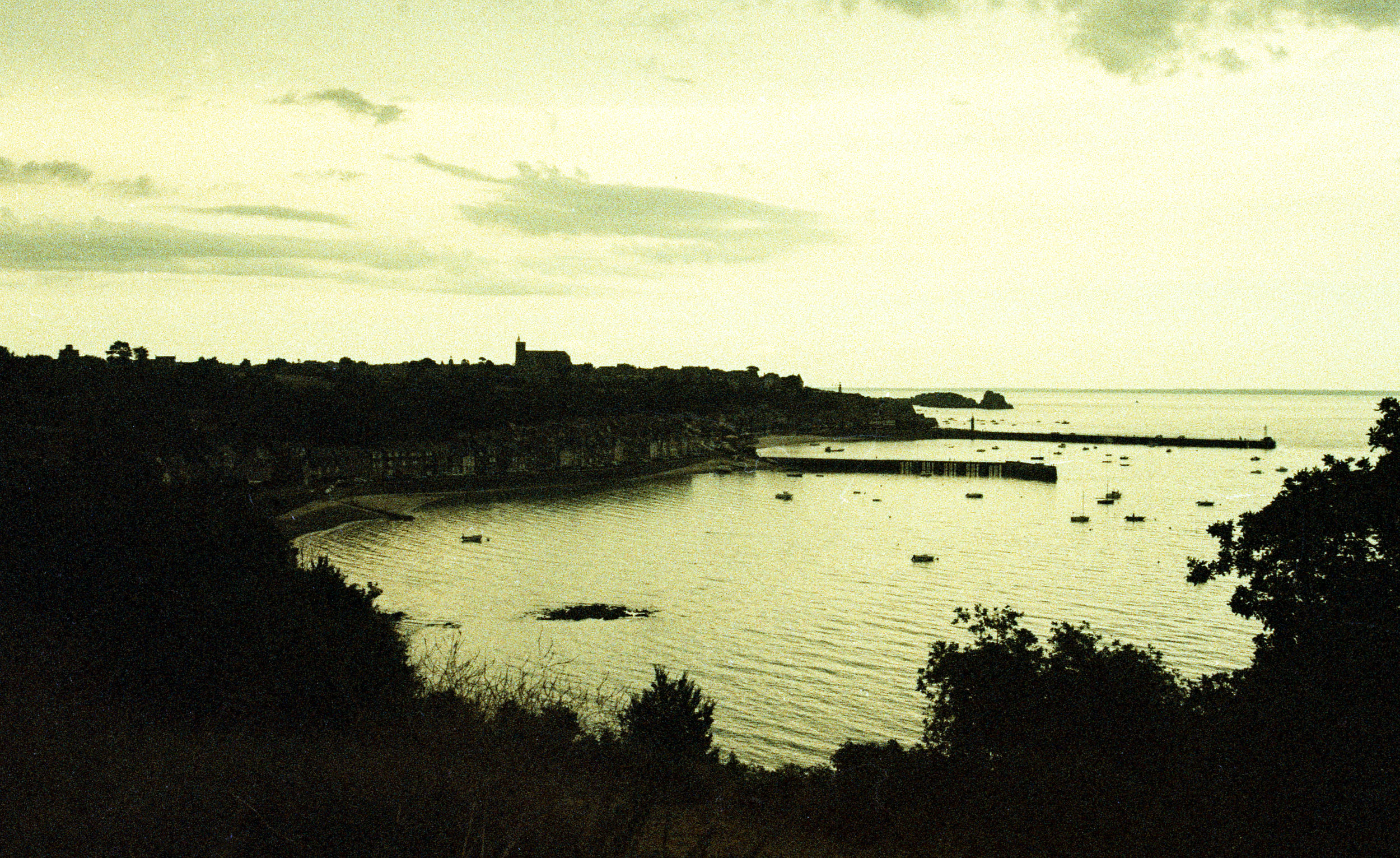 Normandie cross 17-16.jpg