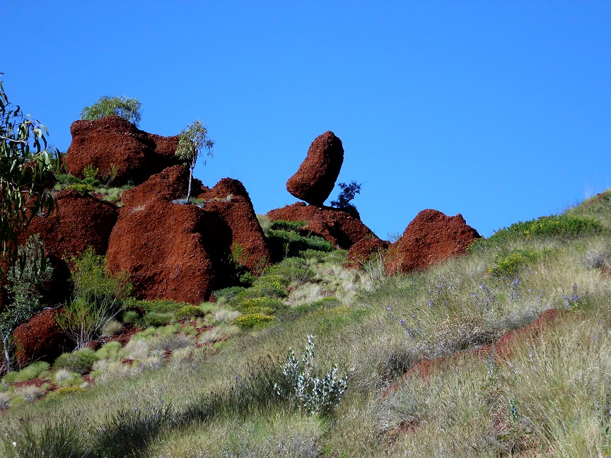 Incredible contrasting colours of the Pilbara..!