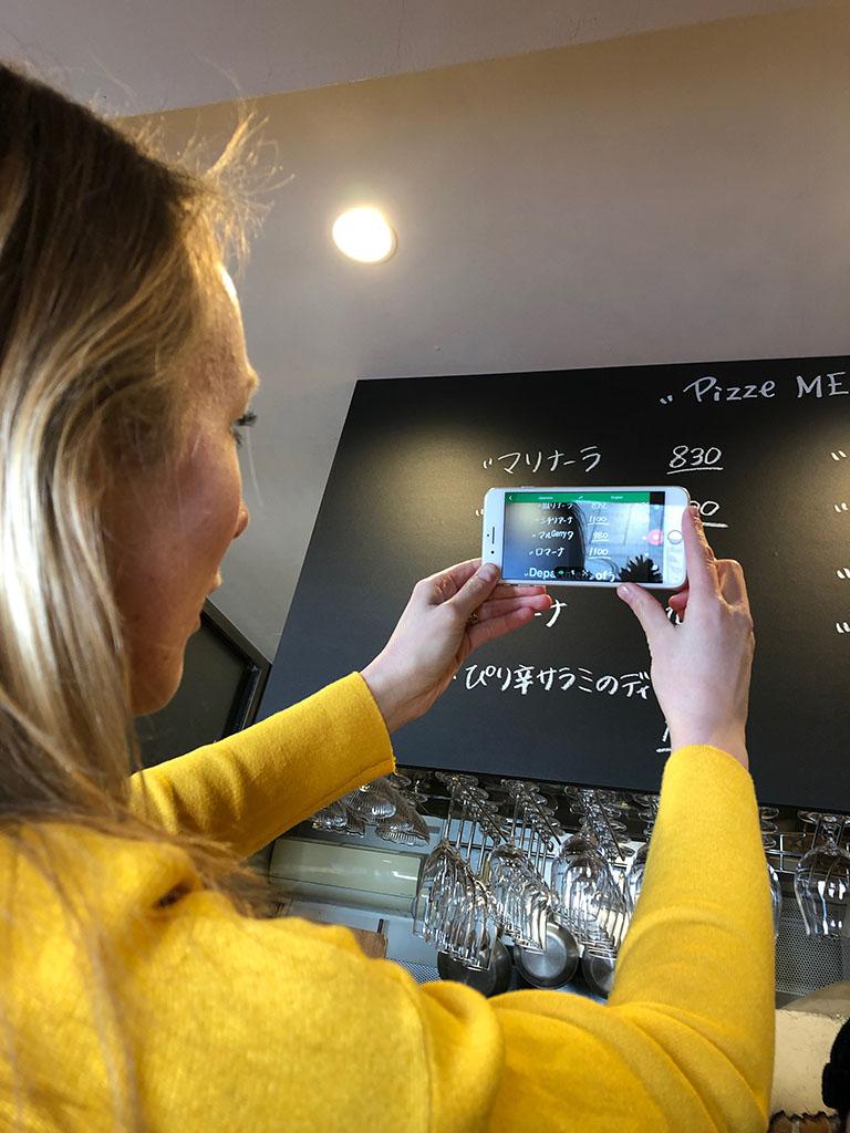 Met de Google Translate app de menu-kaart vertalen