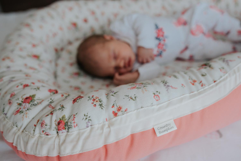Newborn Lifestyle-66.jpg