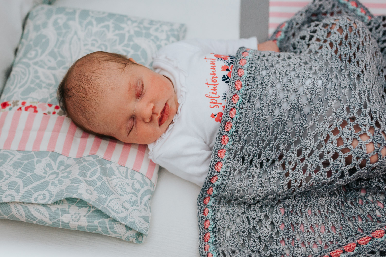 Newborn Lifestyle-82.jpg