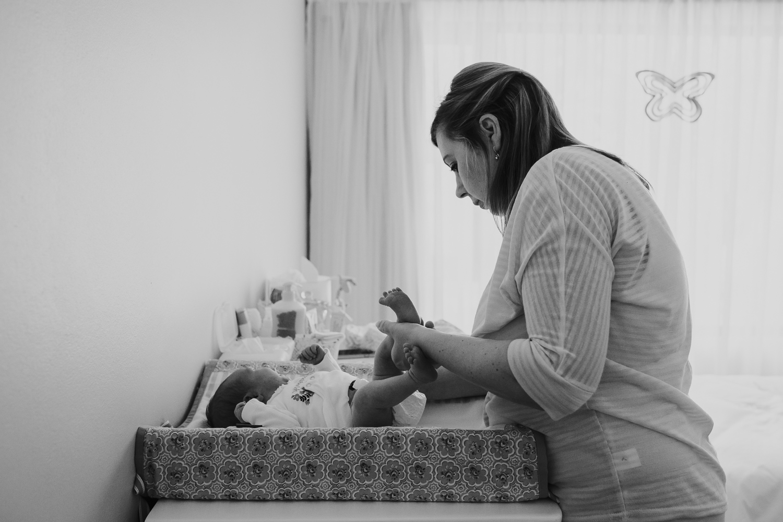Newborn Lifestyle-126.jpg