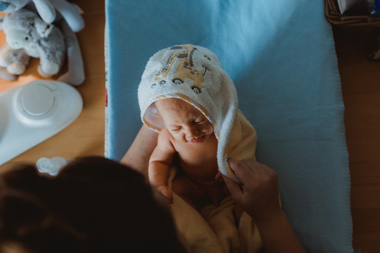 Newborn Lifestyle-34.jpg