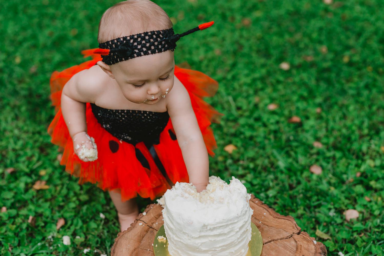 Isabella Cake Smash-43.jpg