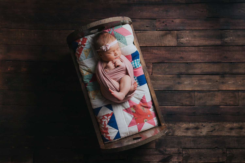 Newborn-38.jpg