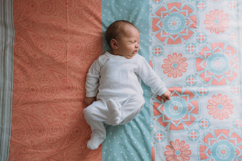 Newborn Lifestyle-15.jpg