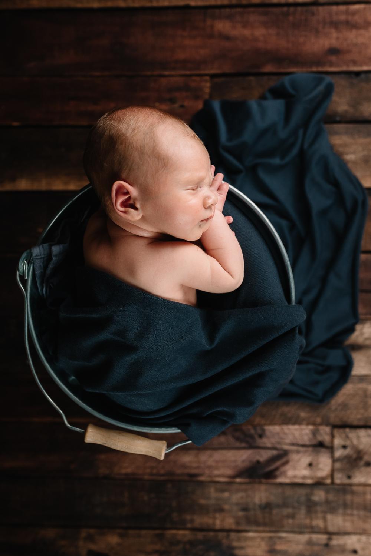 Newborn-49.jpg