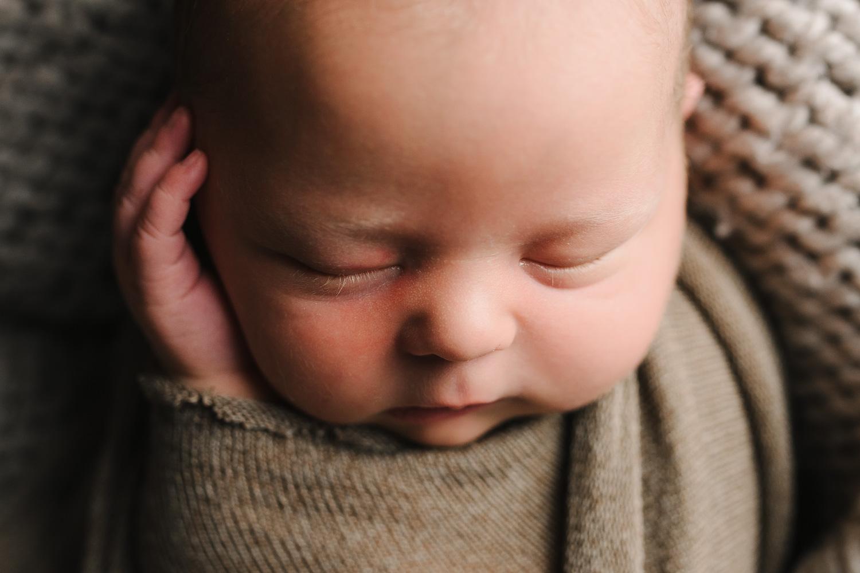 Newborn-35.jpg
