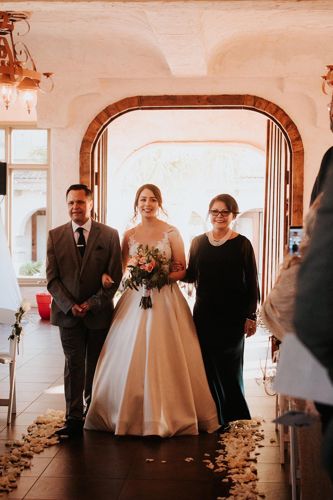 Jessica_+_JD_Wedding_-_Diana_Ascarrunz_Photography-392.jpg