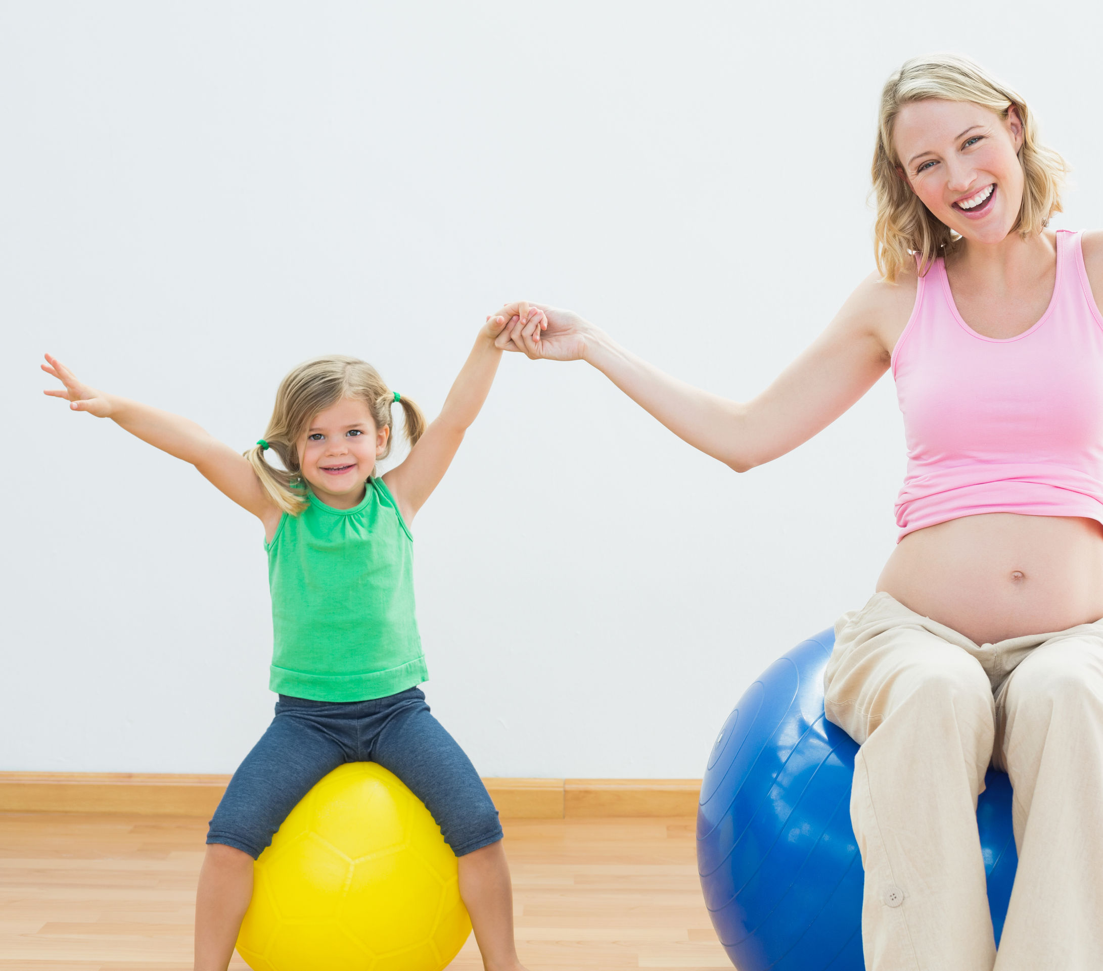 - Studies show that mothers-to-be who regularly exercise their core muscles can expect to experience shorter labours, reduced lower back and pelvic pain and faster recovery after childbirth.Everyone's different; pregnancies – and Post Natal recovery – progress differently. Choosing 1:1 sessions rather than Pre/PostNatal classes enables your Trainer to design a programme specifically for you, to help you enjoy your pregnancy to the full and to recover faster after the birth.