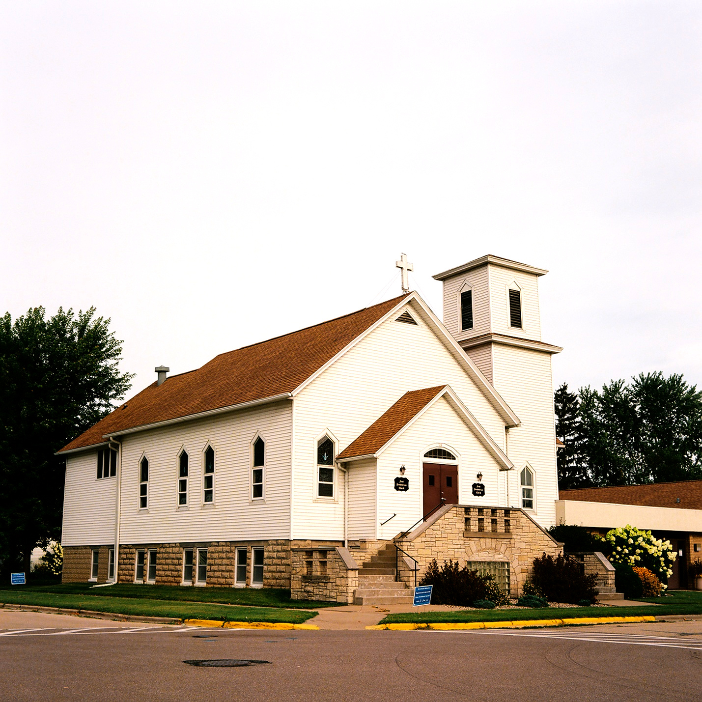 First Presbyterian Church in Winneconne, WI (day)