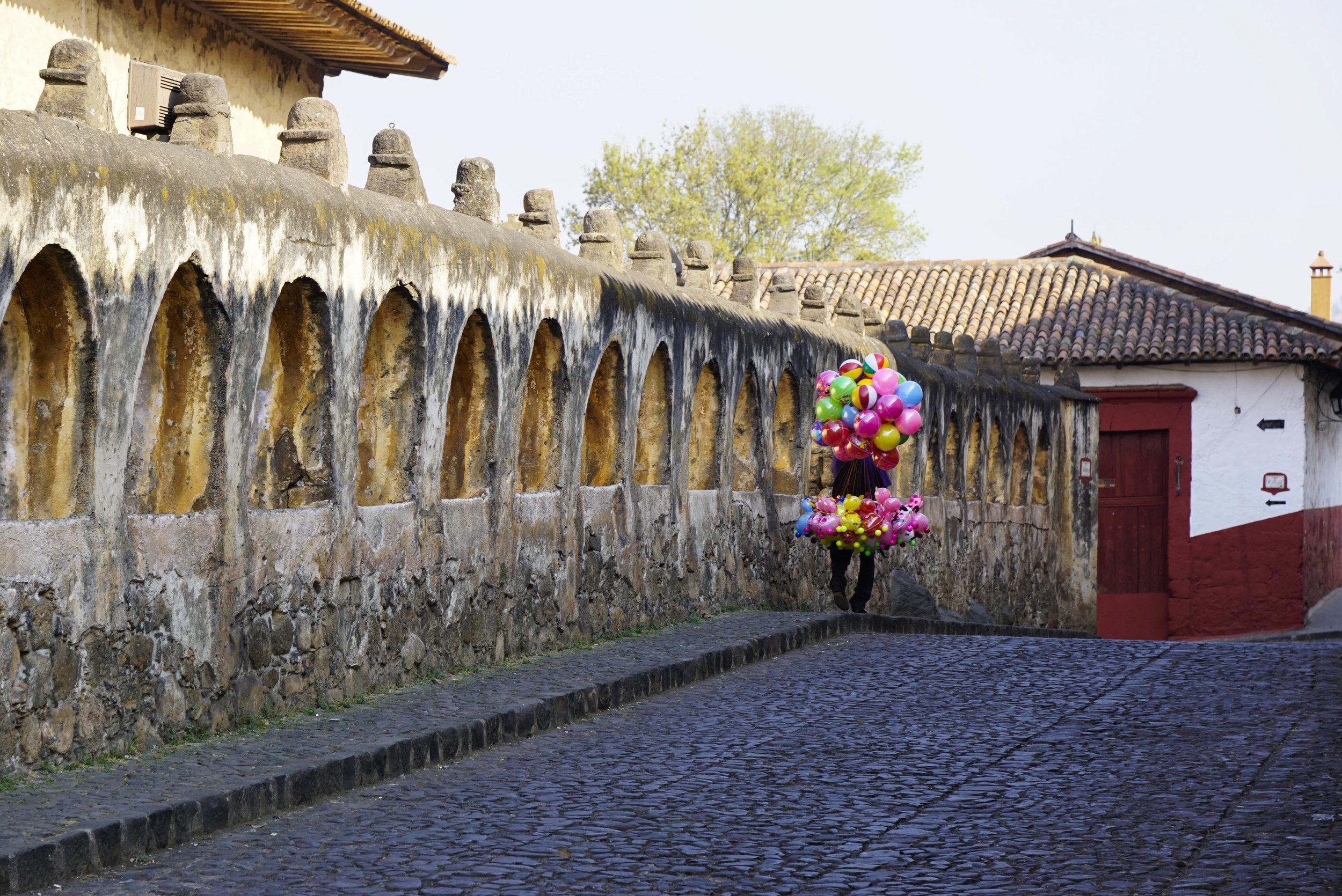 Balloon man_DSC7606.jpg