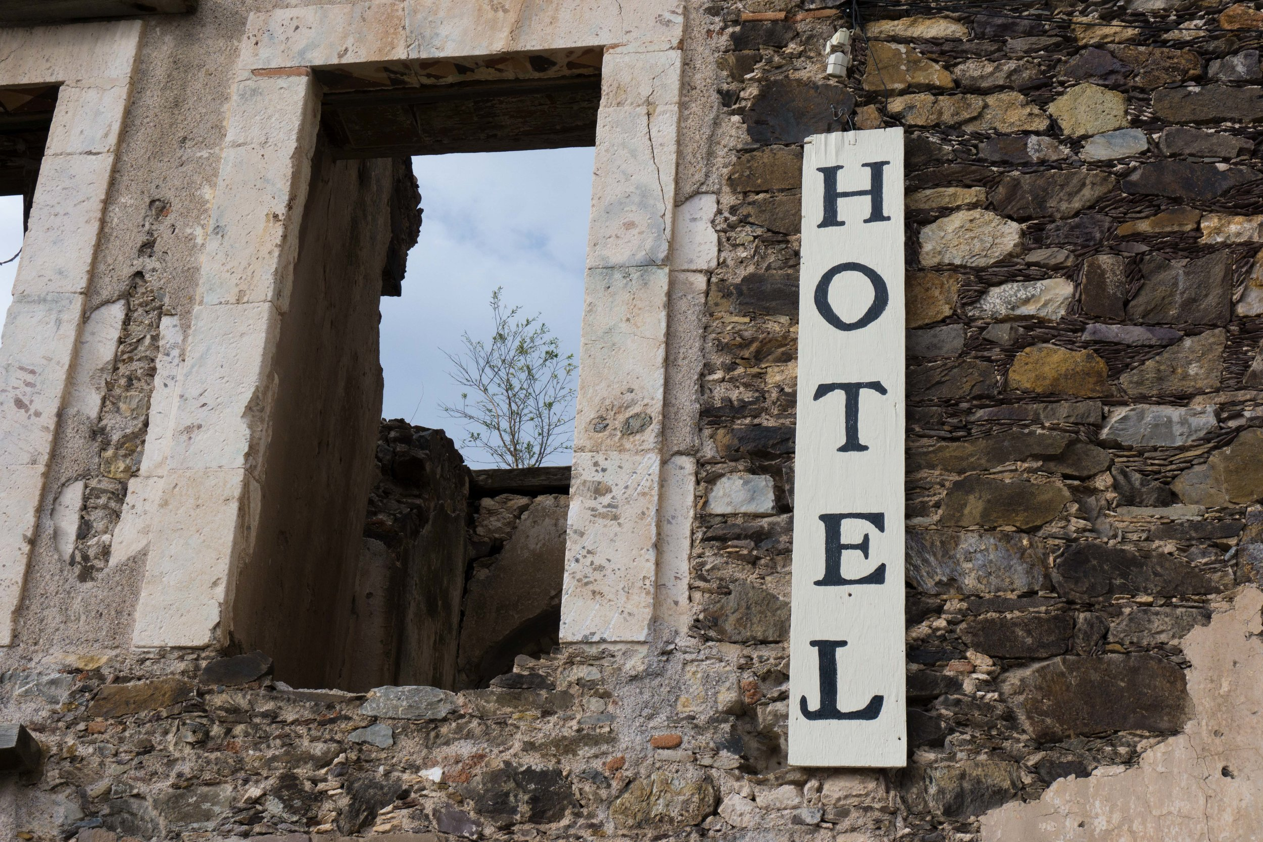 Hotel 2 DSC04787.jpg