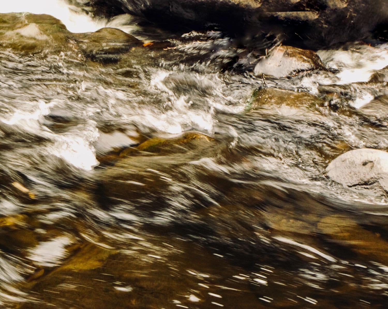 Slow-mo-water-IMG_1714.jpg