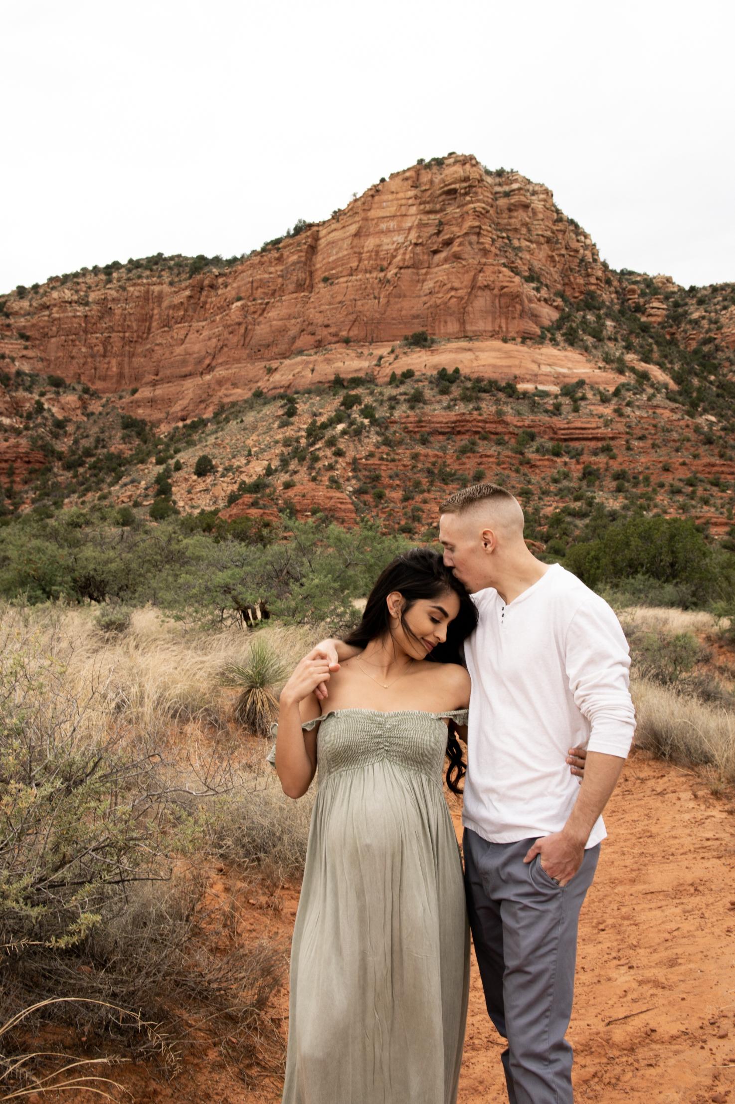 sedona-boho-maternity-photoshoot