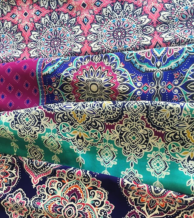 It's festival season and we can't get enough of these colorful medallion prints! Just in for summer 2020 🌸🦋 . . . #textiledesign #surfacedesign #printstudio #surfacepattern #pattern #print #medallions #colorful #bohemian #colorinspiration #painted #textiles