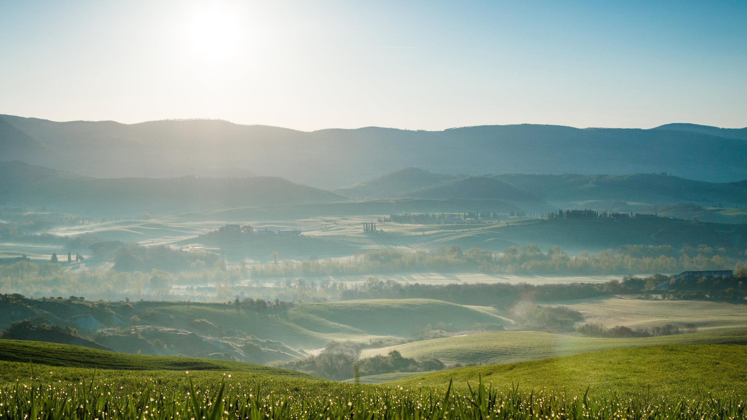 tuscan country 16x9.jpg