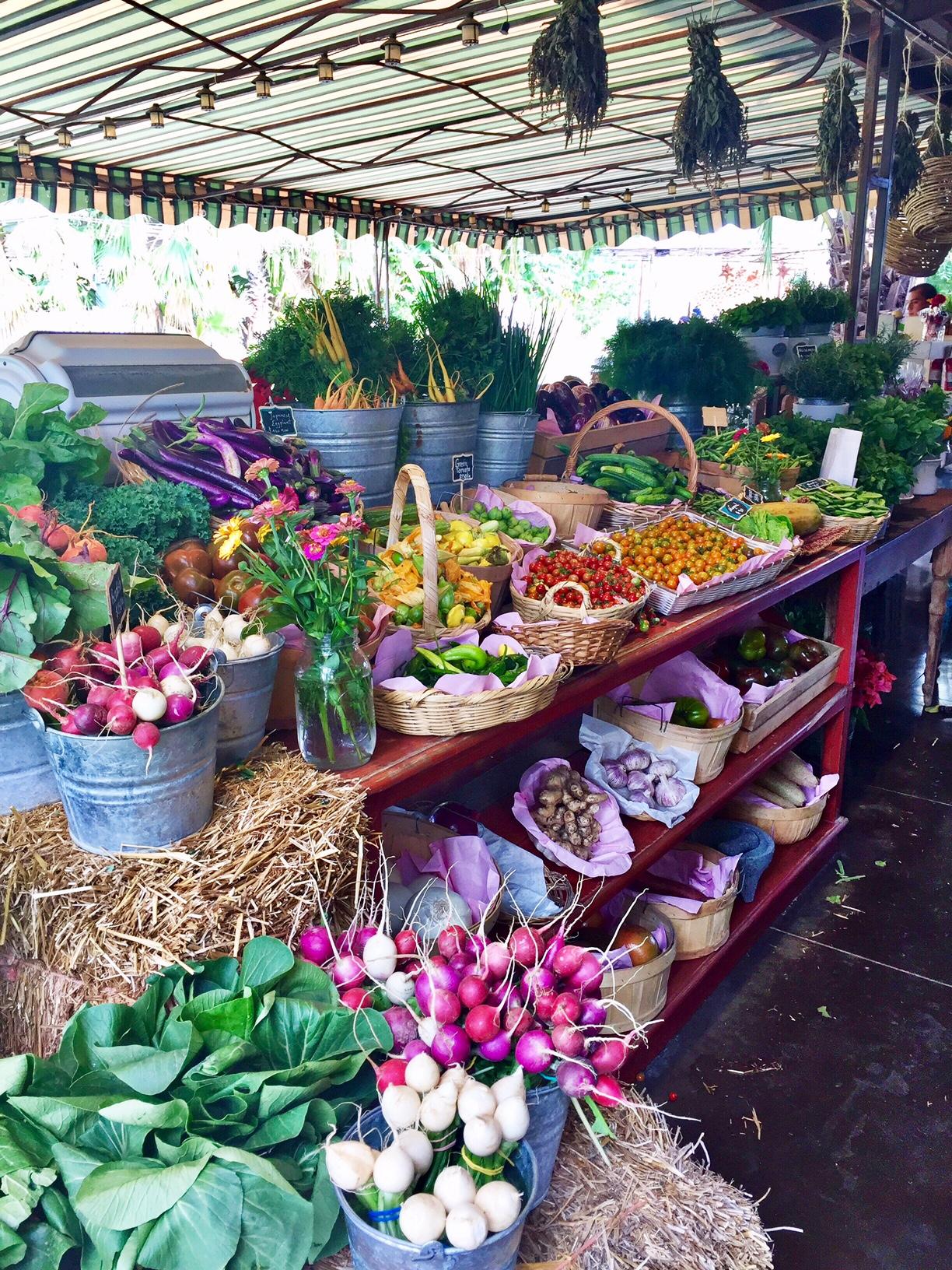 Flora Farms Market