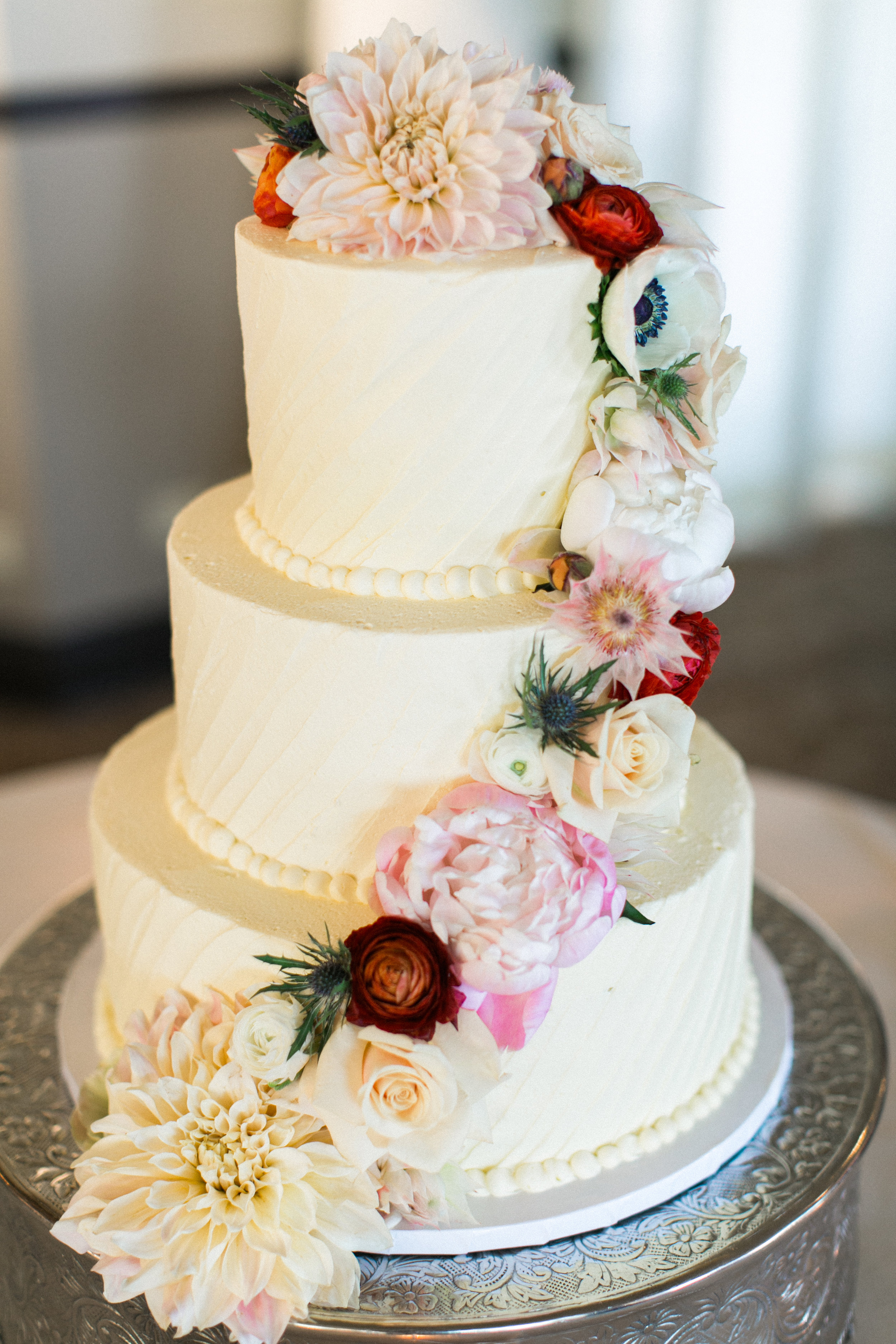 Rachael + David  // Photographer:  Laura Ford , Cake:  Top Tier Treats , Flowers: The Flower Lab