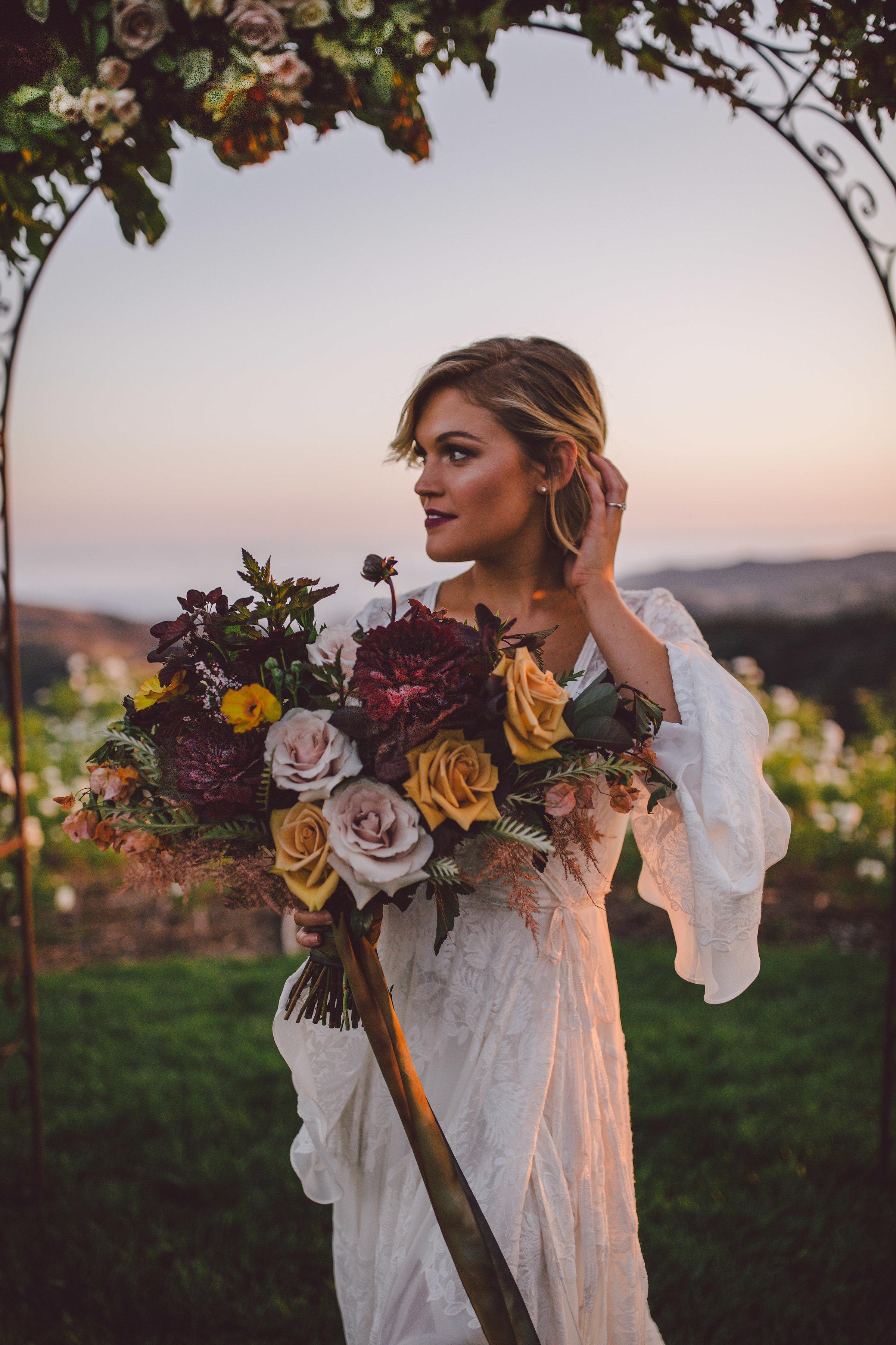 stonewall-ranch-malibu-fall-wild-wedding-bouquet.jpg
