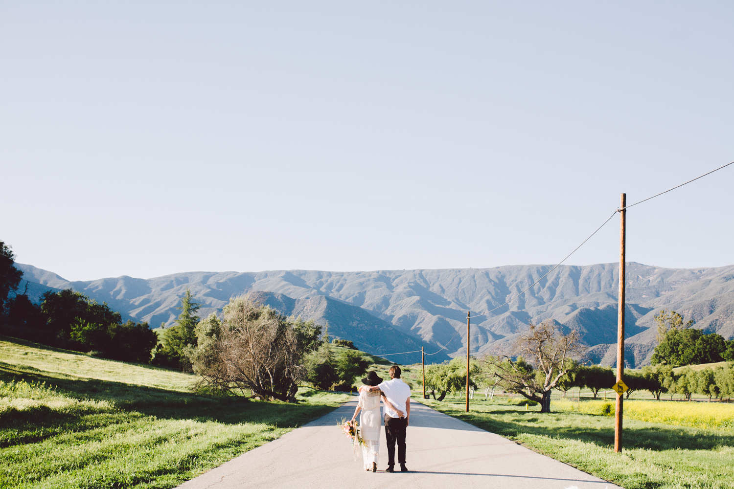 Ojai-elopement-planner-spring-bloom-art-and-soul-events