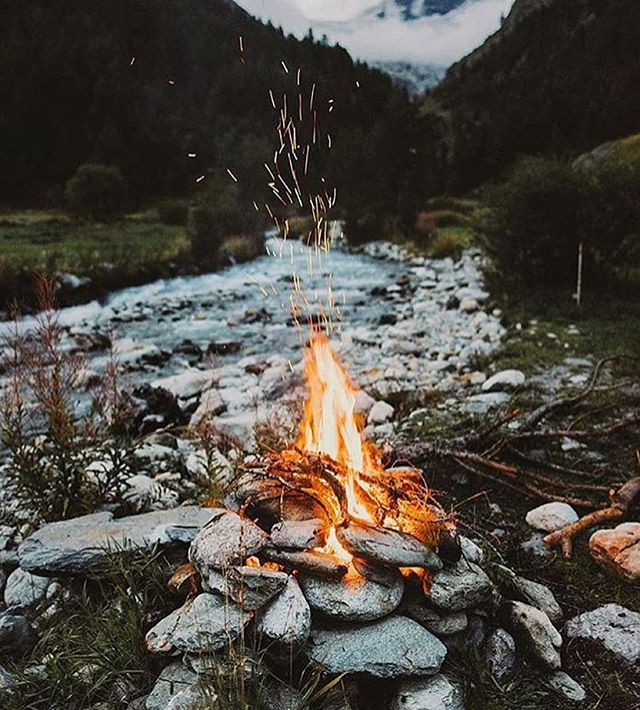 Fired up 🔥 #woodwednesday @modernoutdoors