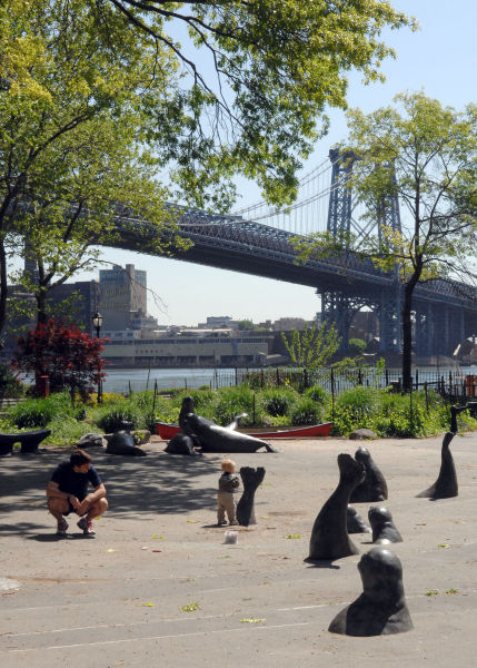 East River Park Park Promenade, Source: http://www.nycgovparks.org