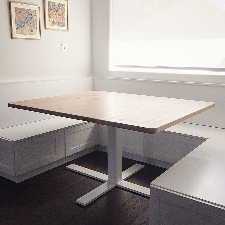 Delfosse table close up.jpg