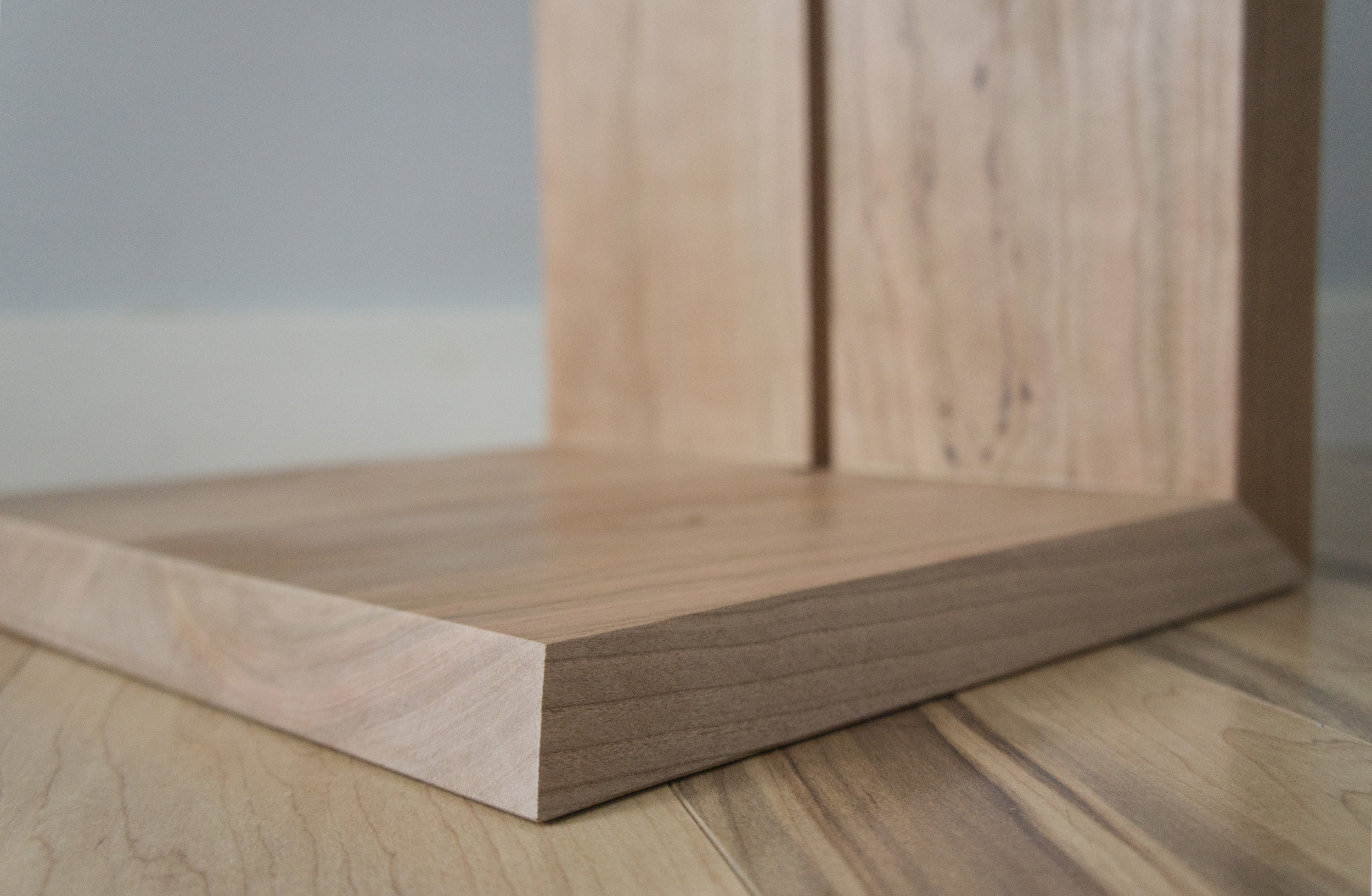Euclid table_SONY NEX_close up bottom corner.jpg