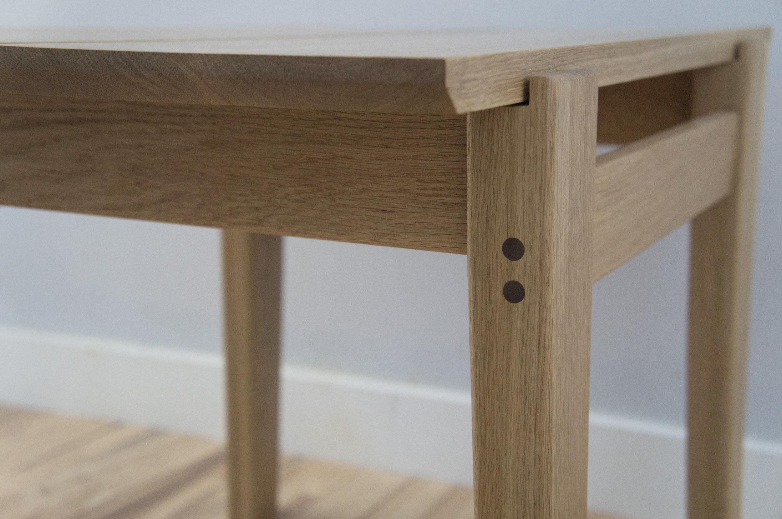 Bench-close up-details.jpg