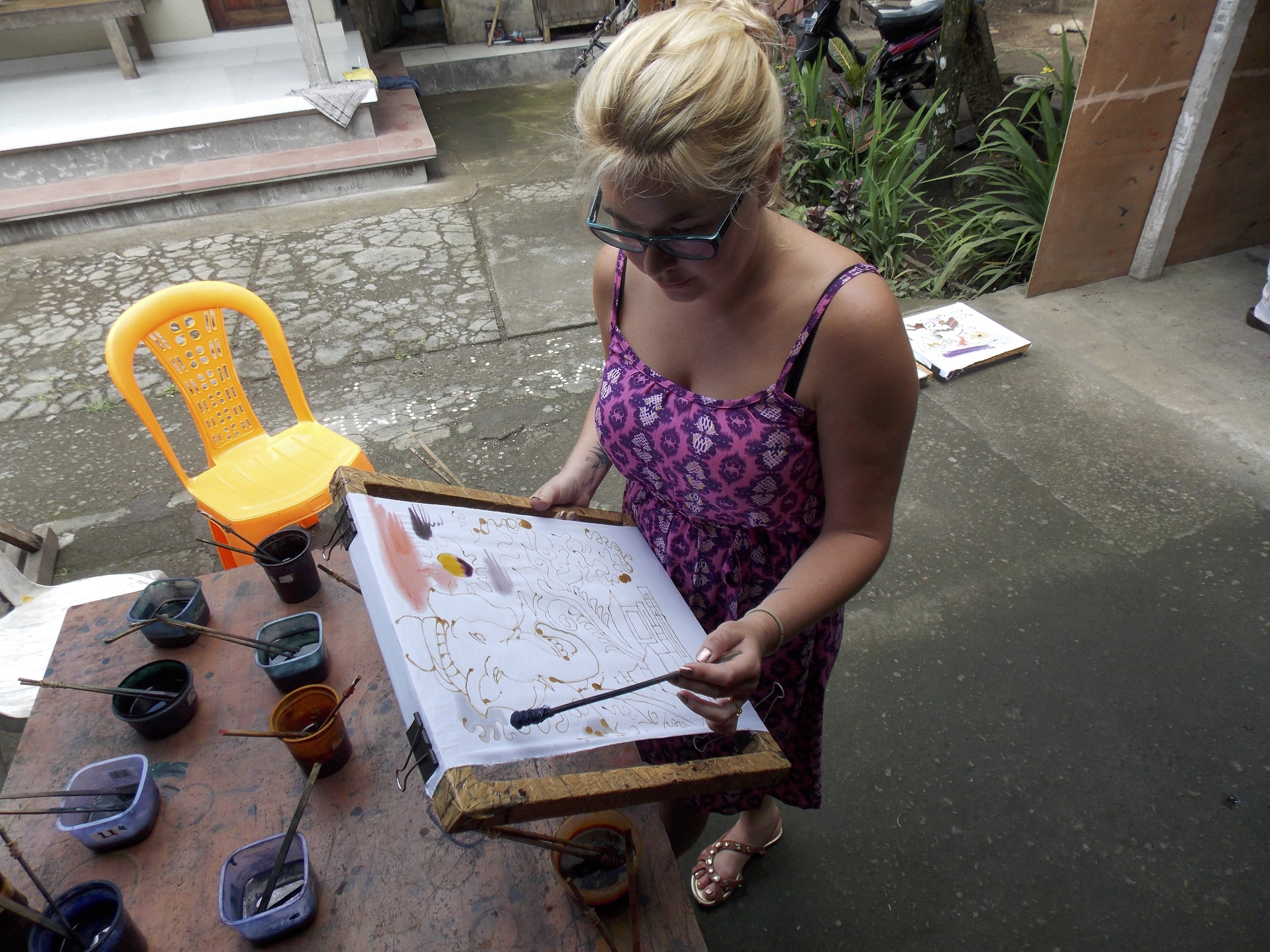 Painting with Wax for Batik