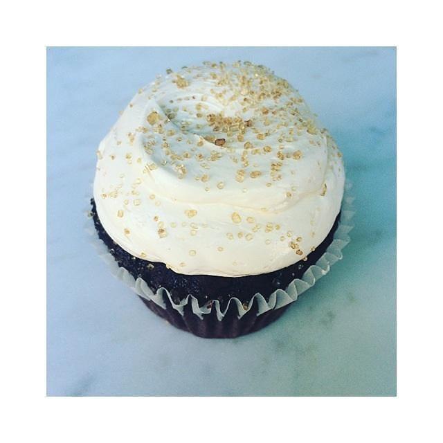 Cupcake time!! #saltedcaramel 📷: @aduncan6