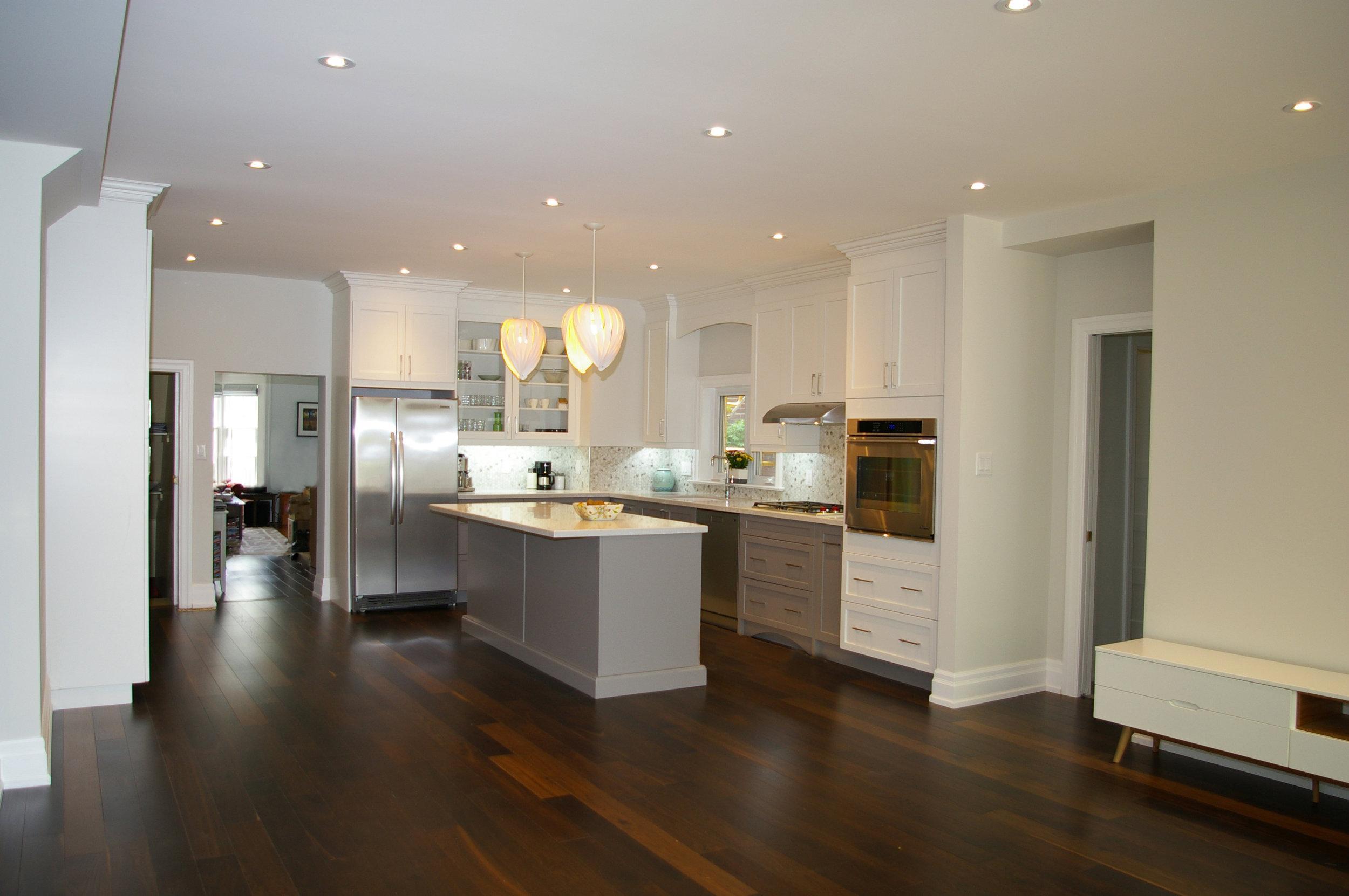 3 Kitchen.jpg