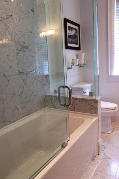 Bryant_renovations_bathroom_renovation_traditional_bathroom_style.jpeg
