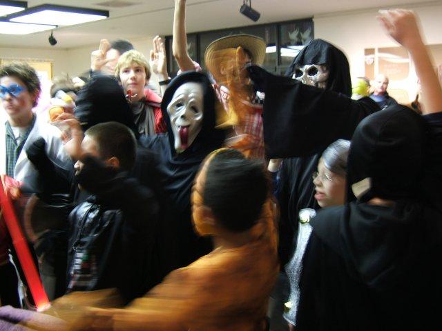Contestants, Best Boy costume ages 8-17